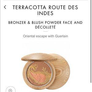 Guerlain route de ines Terra-cotta Bronzer